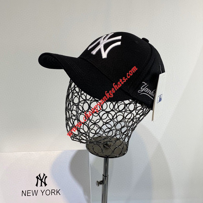 MLB NY Cursive Side Ball Cap New York Yankees Hat Black