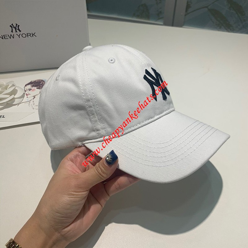 MLB X Disney Ball Cap New York Yankees Hat White