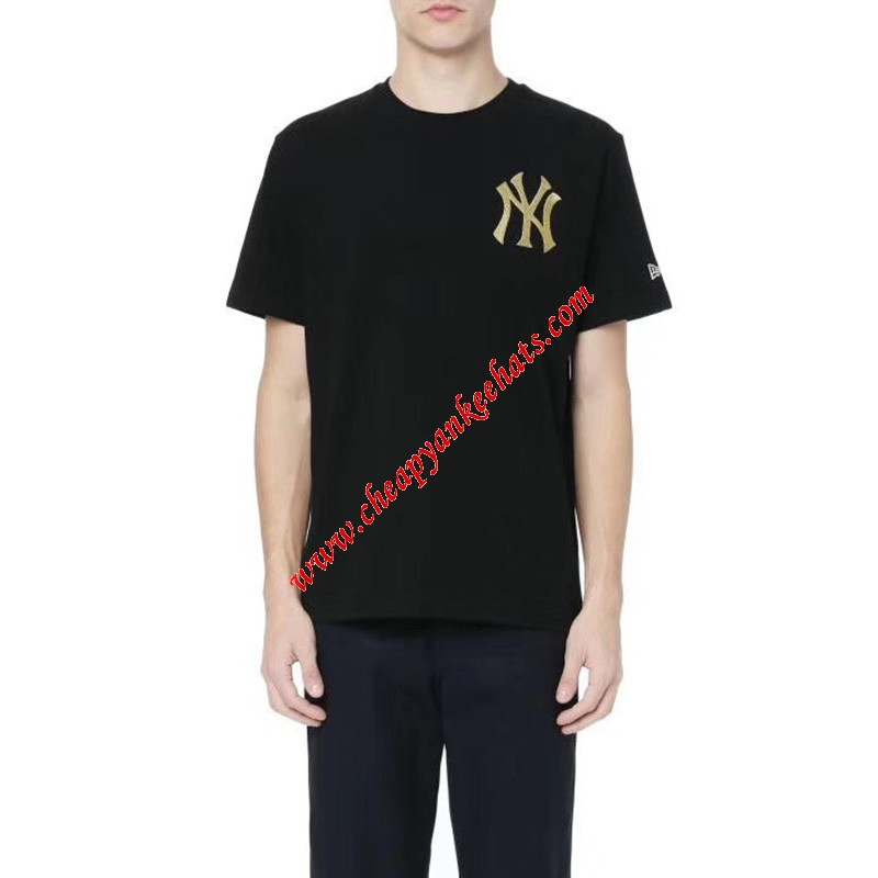 MLB NY Gold Embroidery Logo Short Sleeve T-shirt New York Yankees Black
