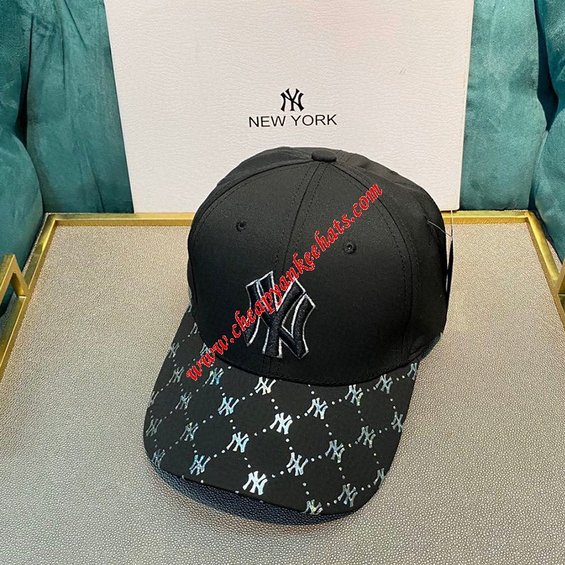 MLB NY Holomonogram Logo Adjustable Cap New York Yankees Hat Black