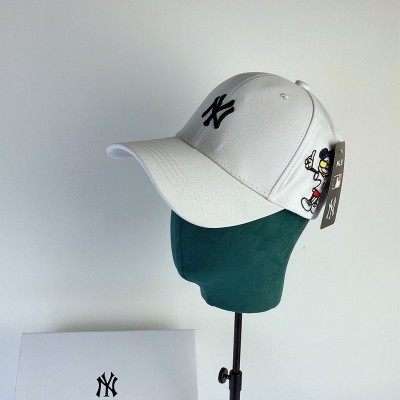 MLB X Disney Embroidery Ball Cap New York Yankees Hat White