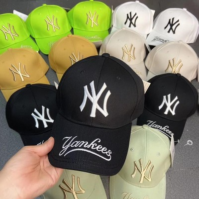 MLB NY Galligraphy Adjustable Cap New York Yankees Hat Black