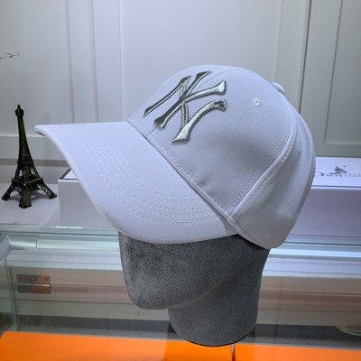 MLB NY Metal Logo Adjustable Cap New York Yankees Hat White