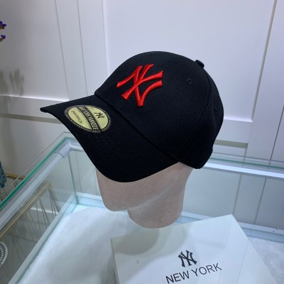MLB NY Sticker Adjustable Cap New York Yankees Hat Black/Red