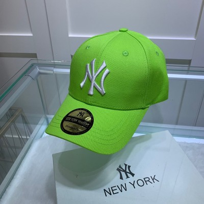 MLB NY Sticker Adjustable Cap New York Yankees Hat Green
