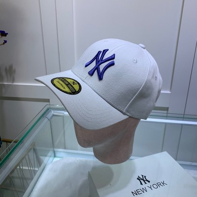 MLB NY Sticker Adjustable Cap New York Yankees Hat White/Blue