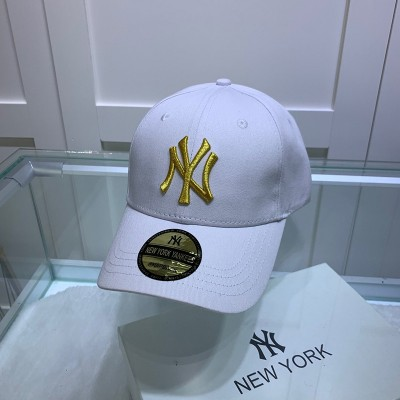 MLB NY Sticker Adjustable Cap New York Yankees Hat White/Gold